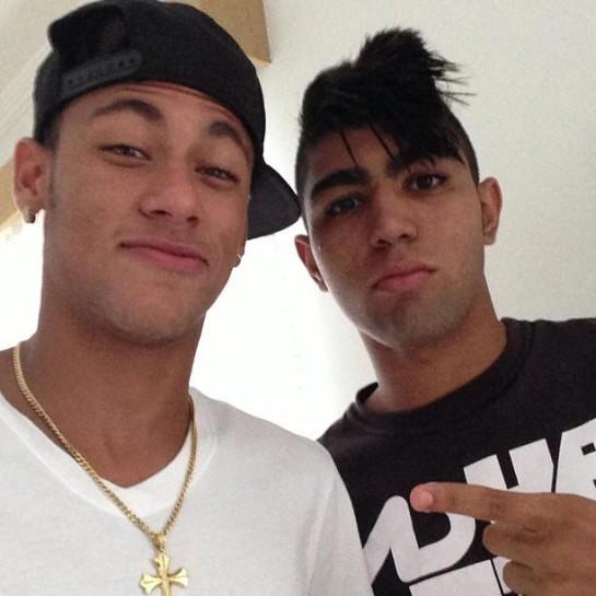 Neymar posta foto 'trollando' Gabigol no Instagram (Foto: Reprodução / Instagram)